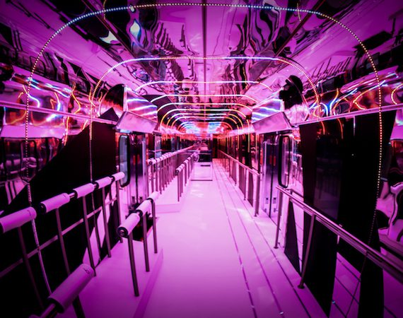 FASHION TRAIN LIGHT SHOW
